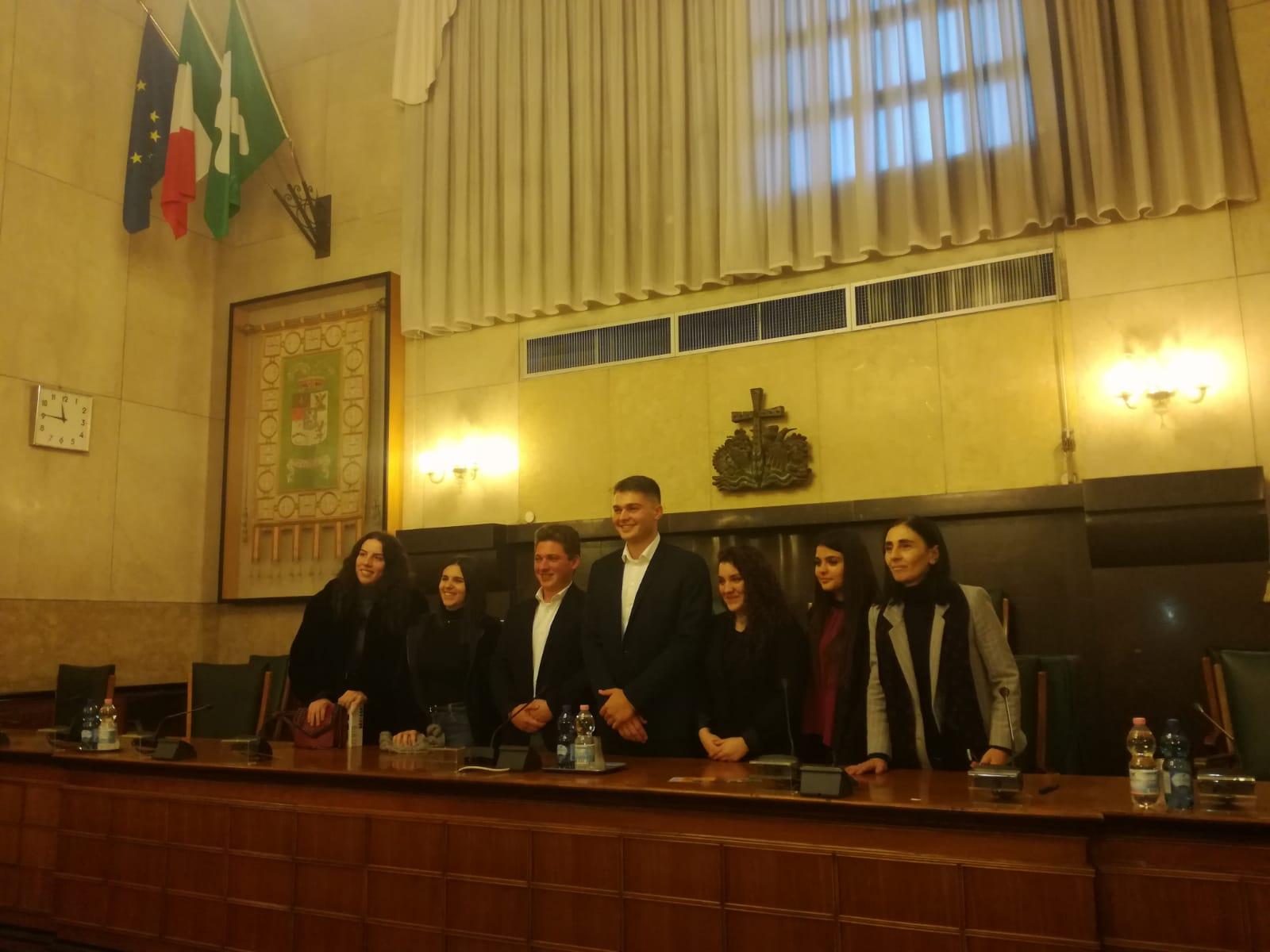 """L' I.I.S. """"L.Einaudi"""" di Chiari premiato presso Palazzo Broletto di Brescia"""